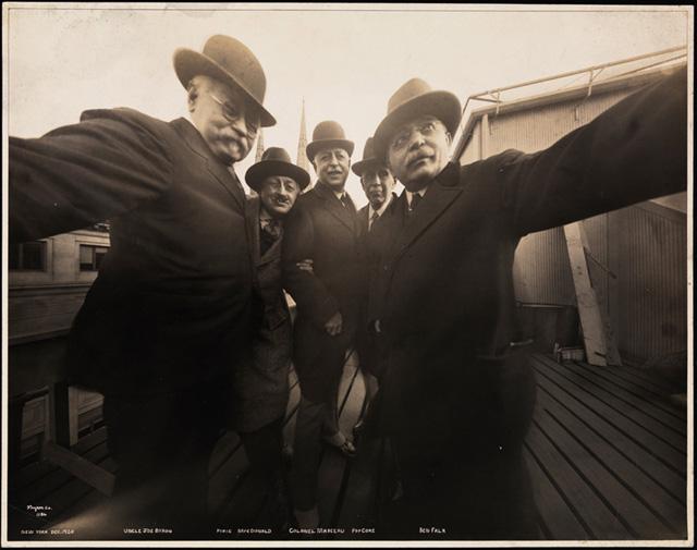 Byron 1920s selfie 2